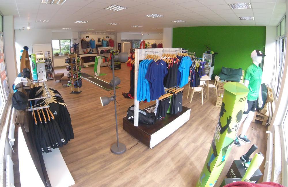 Blick in den Lauf- und Triathlonladen